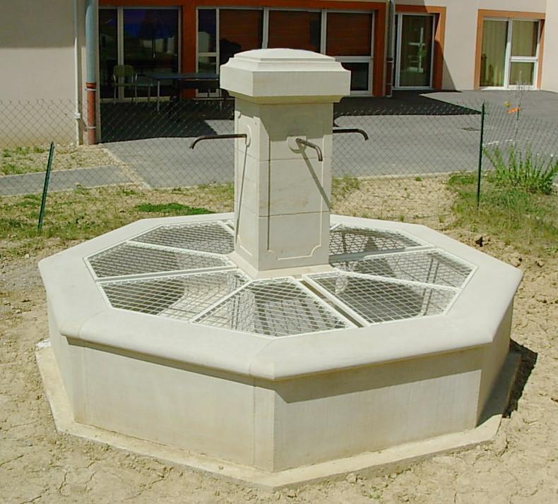 Création fontaine pierre gers -taille de pierre Gers - atelier - sculpture - Histoire de pierres