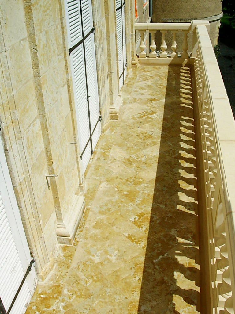 Escaliers en pierre sur mesure Gers - Maçonnerie traditionnelle et taille de pierre Gers. Histoire de Pierres