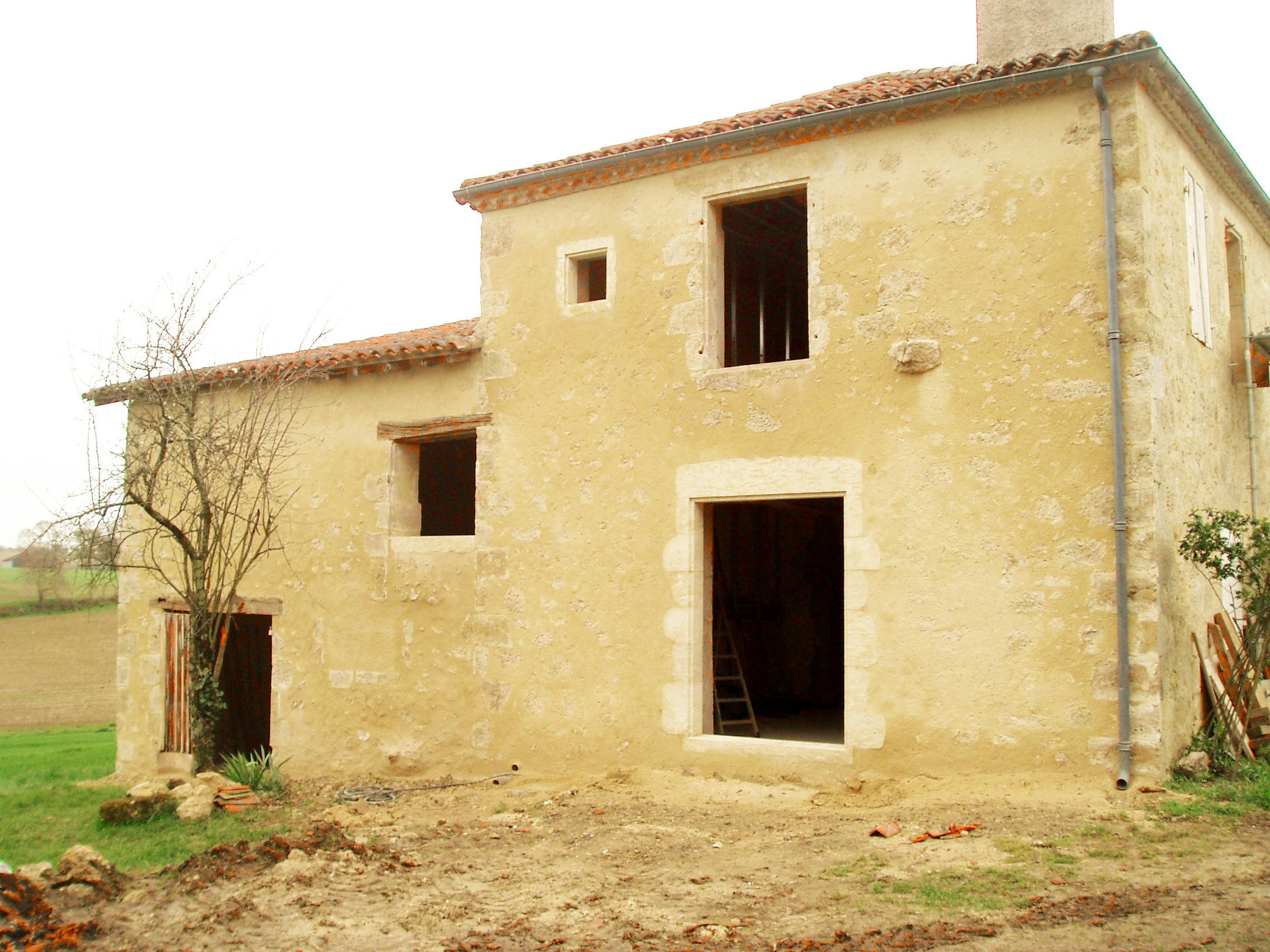 Rénovation façades Pierre Gers - enduits extérieurs et maçonnerie traditionnelle. Histoire de Pierres