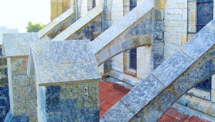restauration bâti ancien gers - Maçonnerie traditionnelle gers - Taille de pierre Gers - Histoire de Pierres